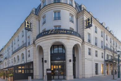 hotel-lelysee-val-deurope-facade-4_1